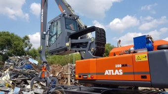 ATLAS MH350 for metal scrap processing in CANNONEER Group