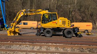 ATLAS 1604ZW rail-road excavators in Pirell a.s.