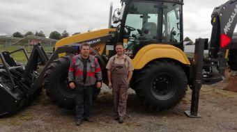 Mecalac TLB990PS předán do firmy Řezanka zemní práce ve Volarech