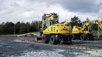 STRABAG: Operational Tests of Rail-Road Excavators and Accessories