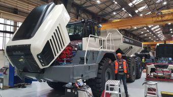 TEREX Trucks připravuje 11. generaci kloubových demprů