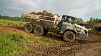 Demper TEREX Trucks TA300 slouží firmě VSJ MECHANIZACE
